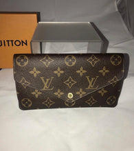 Load image into Gallery viewer, Louis Vuitton Josephine Wallet