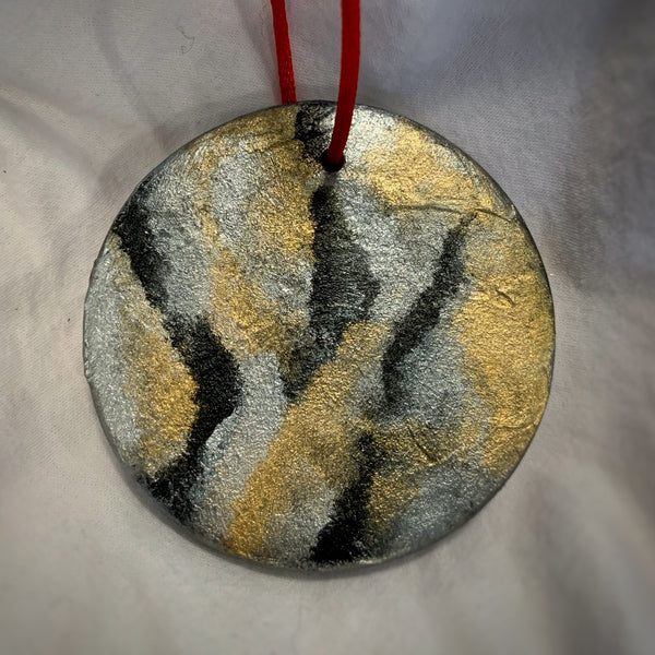 Holiday Ornament Black/Gold/Silver (disc)