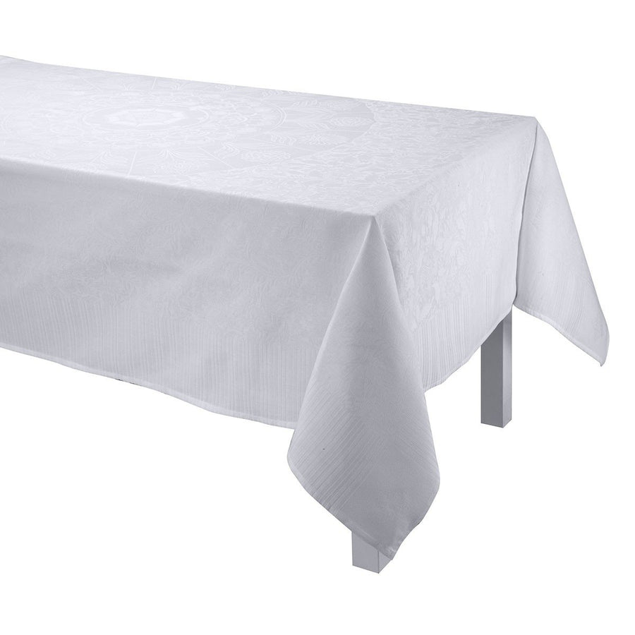 Ming Design Cloud Tablecloth