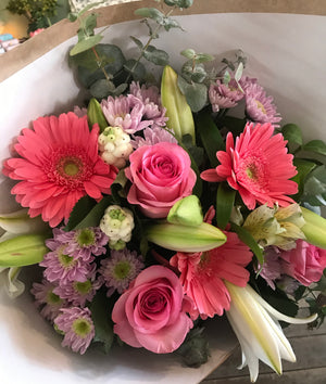 mixed bouquet, mothers day, tenterfield flower delivery