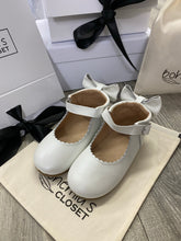 Load image into Gallery viewer, Bohemia's closet pear dolly hard sole shoes