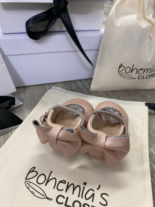 Bohemia's closet vintage pink dolly shoes soft sole