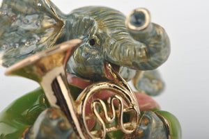 Elephant Playing the Trumpet