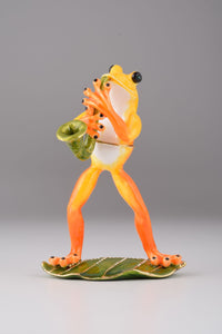 Saxophone Playing Frog