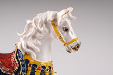Royal White Horse
