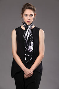 The-Black-Leaves-silk-carre-square-scarf-white-90x90-packshot-1