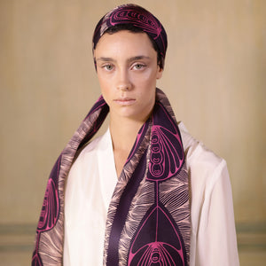 The-Violet-Belle-Époque-Silk-Scarf-pink-rectangular-Tal Angel-65X220 cm-model-closeup3