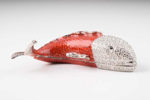 Red & Silver Fish
