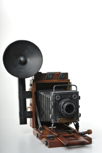 Vintage Wood and Metal Replica of and Old Fashioned Camera Vintage Decoration Antique Trinket Box