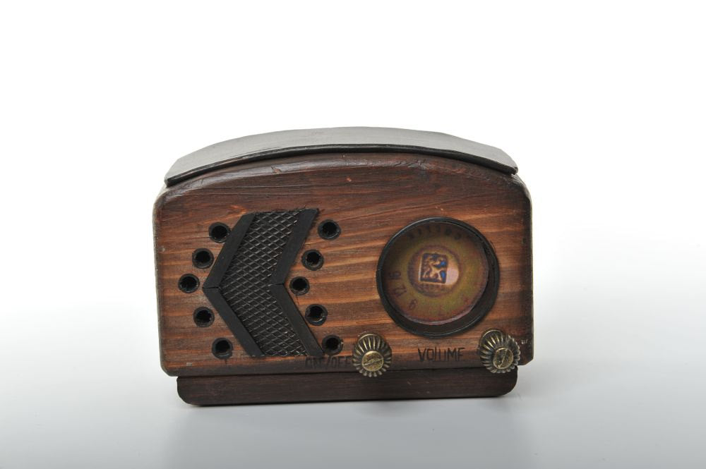 Wooden Miniature  of Retro Radio Vintage Decoration Antique Trinket Box