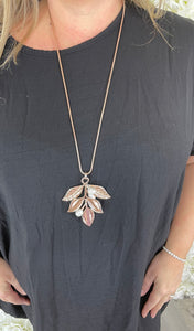 Walker - Leaf Pearl Necklace Urban Mist Jane's Boutique Rose Gold
