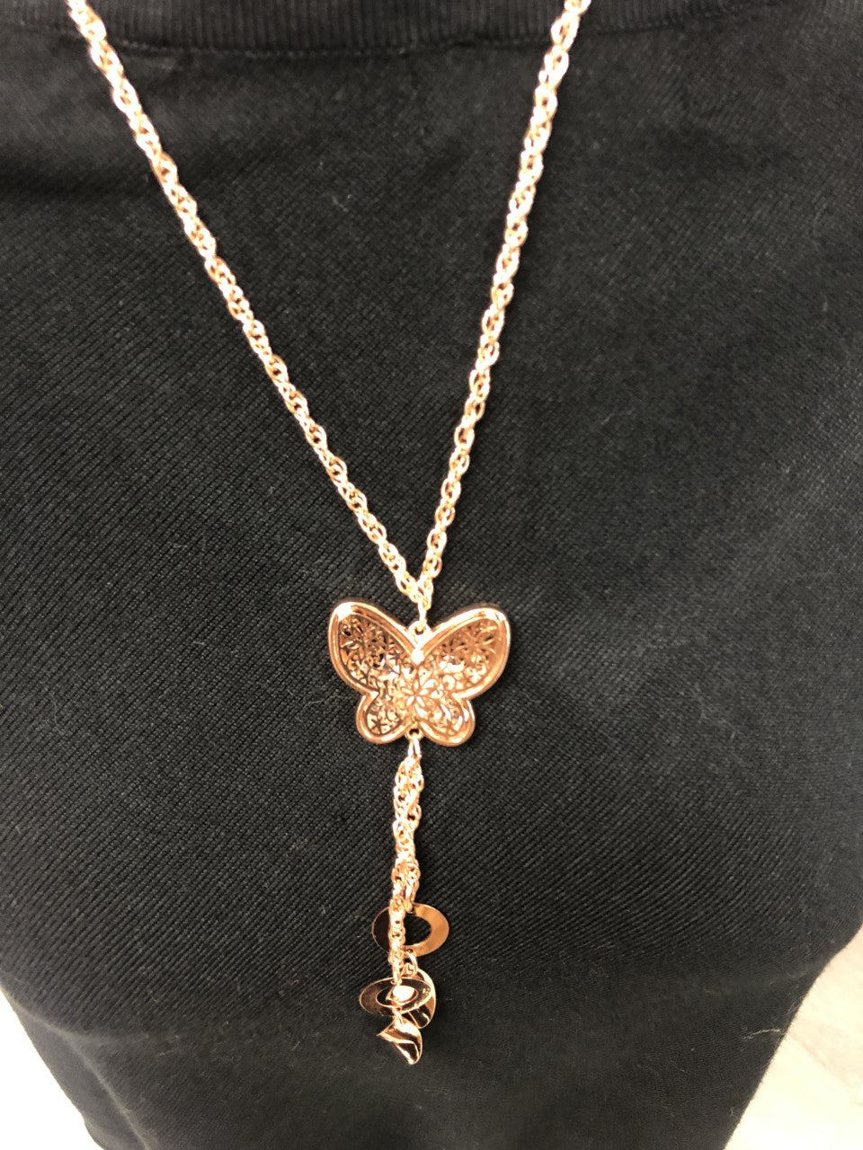 Sharma - Butterfly necklace