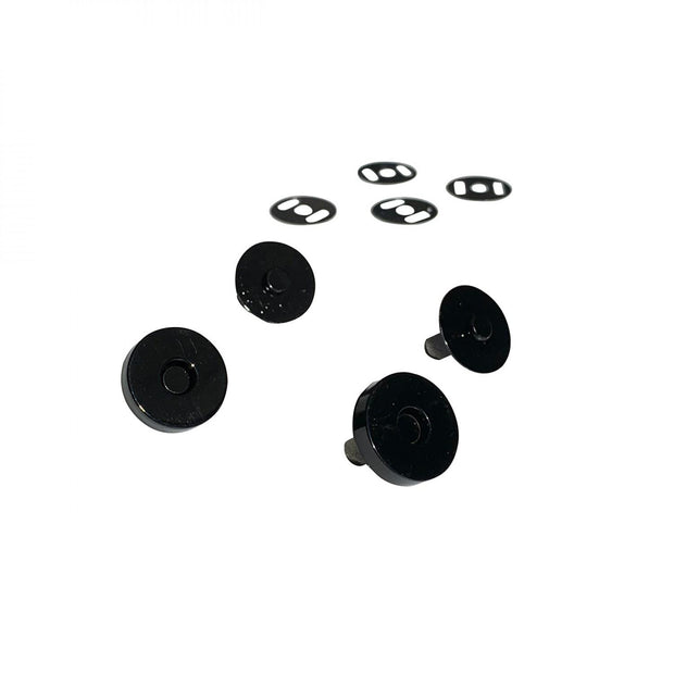 Magnetic Snaps Black