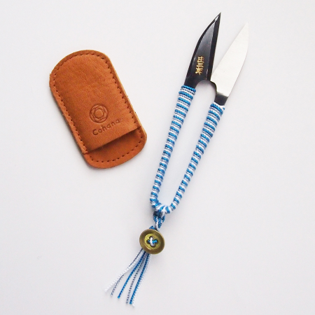 Shozaburo Thread Snips with Silk Iga Braid Blue