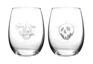 Pair of Disney Snow White Collectible Wine Glass Set Showing the front and back