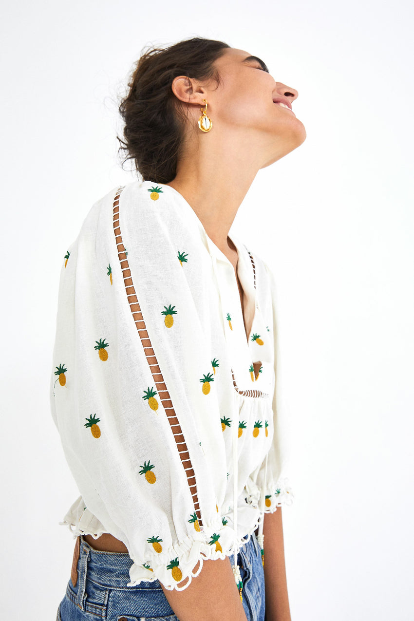 PINEAPPLE EMBROIDERED BLOUSE