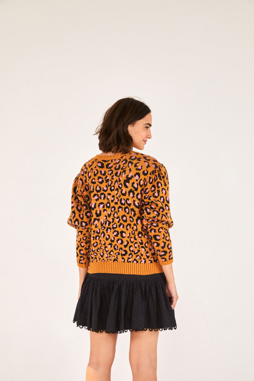 LEOPARD POP SWEATER