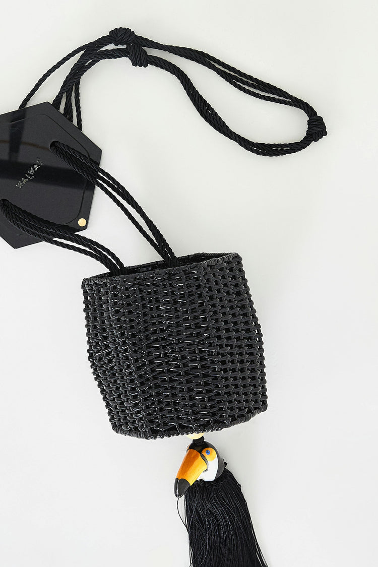 WAIWAI FAUNA BLACK BUCKET BAG