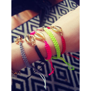 Neon seashell adjustable bracelet - ATELIER SYP