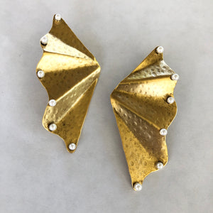Lightweight Winged Earrings with Pearls