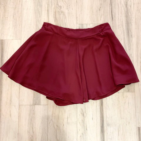 Swing Shorts - Burgundy