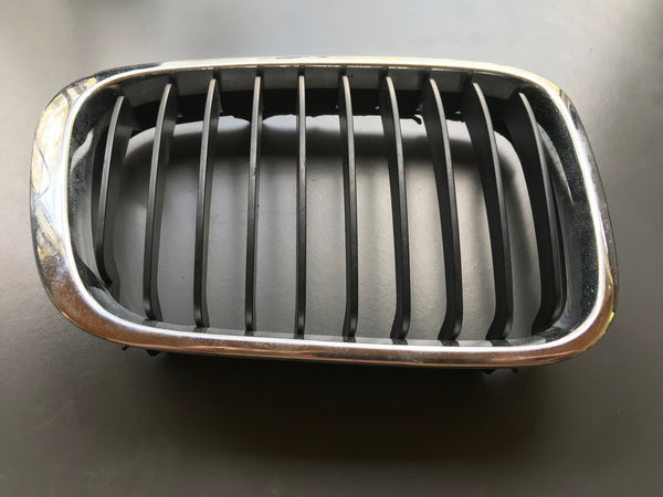 Genuine BMW Radiator Kidney Grille Right (Used)
