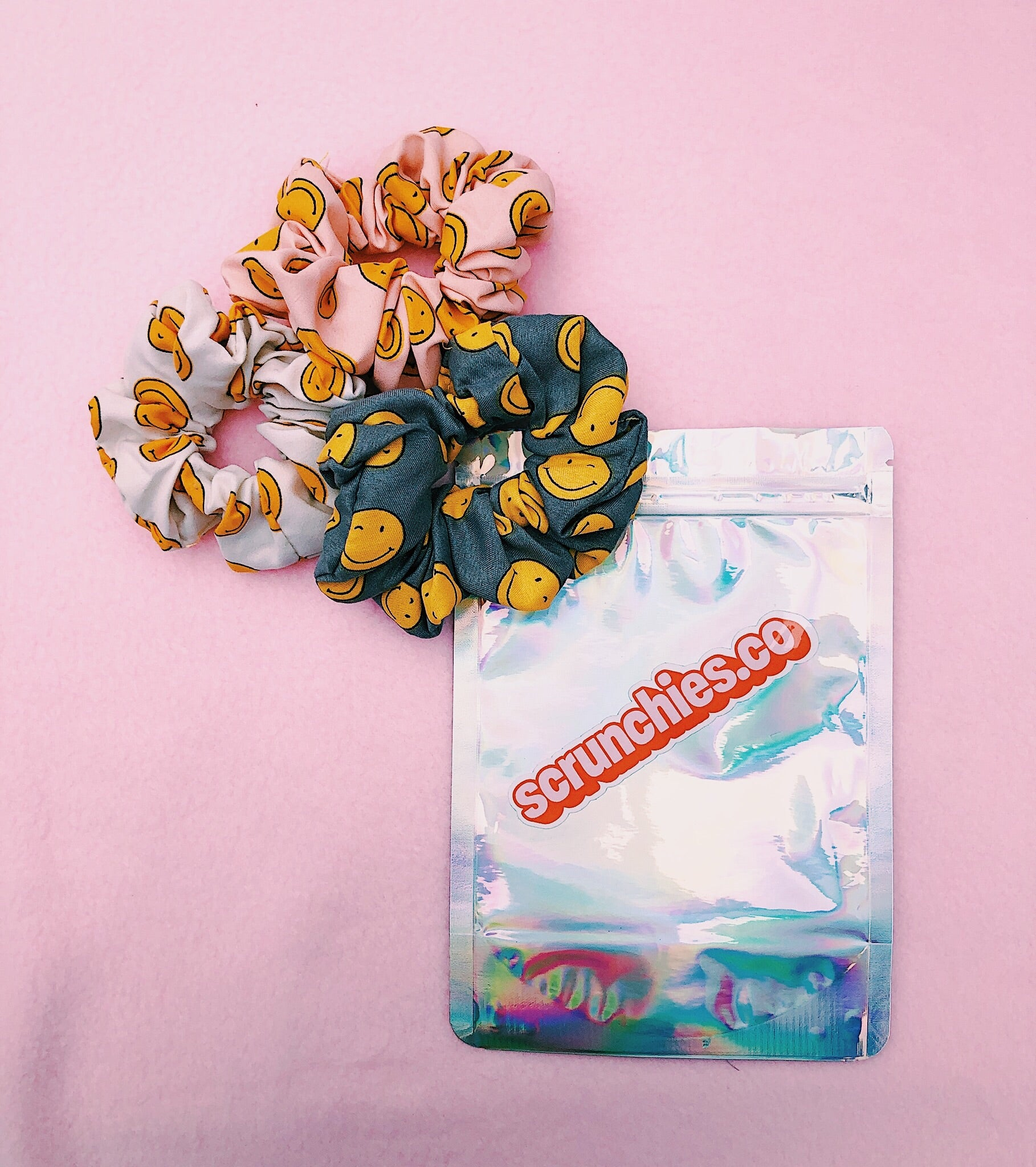 Smiley-Scrunchies-Set-3