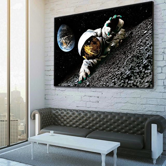 Astronaut On Moon Canvas Set