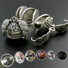 Load image into Gallery viewer, Photo Locket Necklace