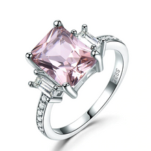 Load image into Gallery viewer, Gorgeous Morganite Ring