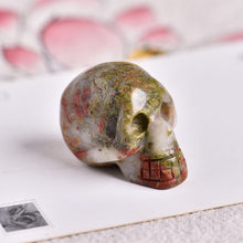 Load image into Gallery viewer, Halloween Skull Shape Crystals
