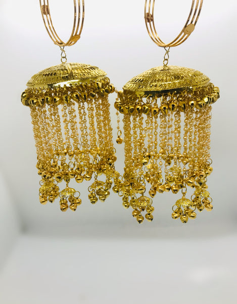 Golden kalire with pearls