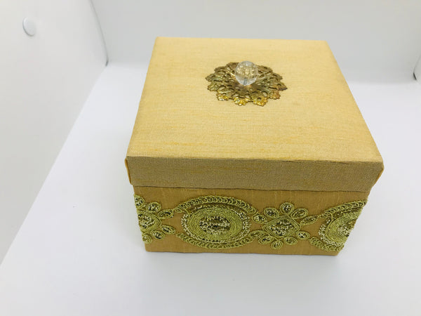 Silk box with zari border