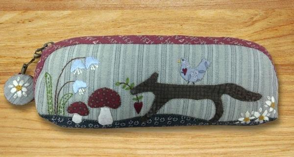 Little Fox Zippered Pouch Pattern - pattern