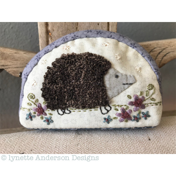 Little Hedgehog Purse - pattern