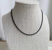 Load image into Gallery viewer, Black Venetian Box Chain Necklace
