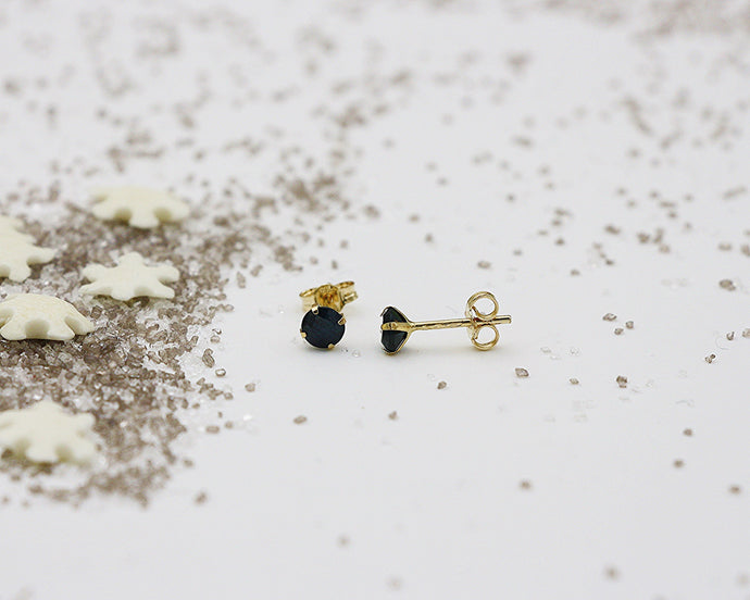 18kt 4.0mm Sapphire Stud Earrings- Yellow Gold