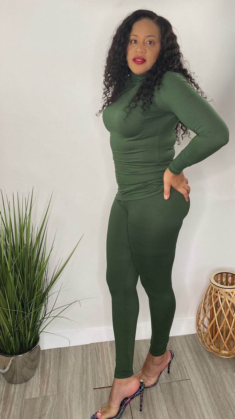 Take Your Time | 2 piece legging set (olive)