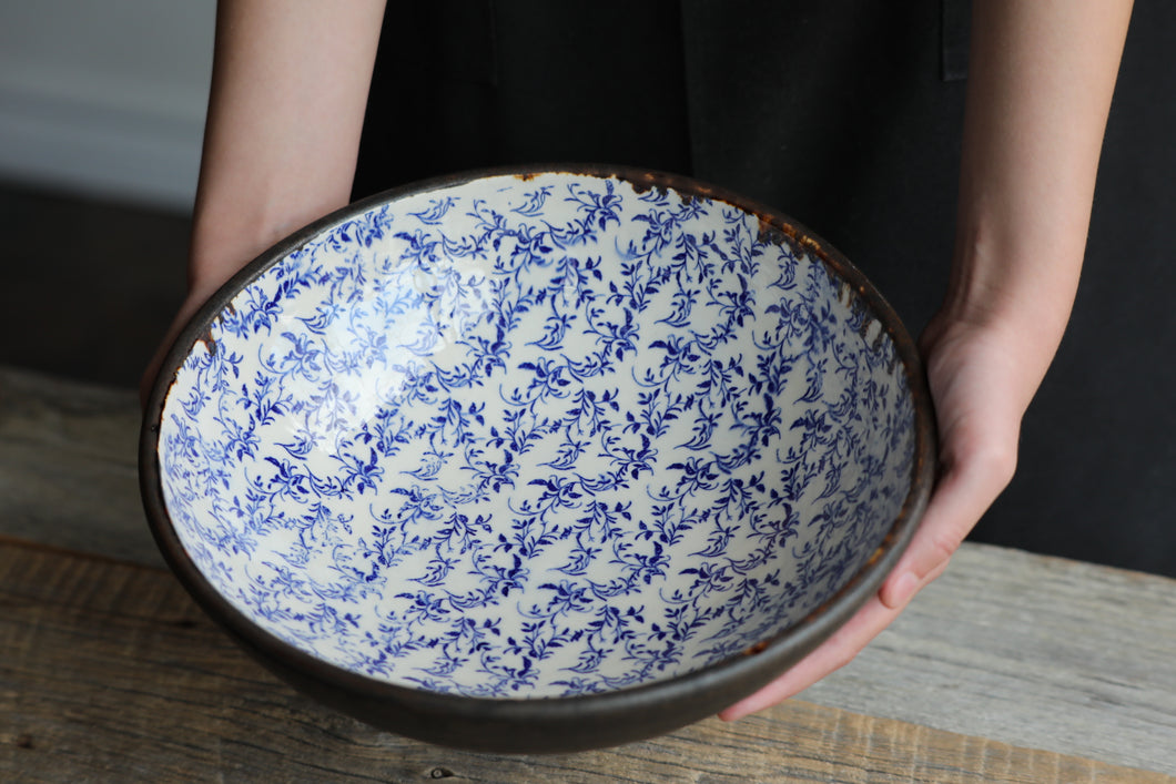 Large blue filigree bowl 11