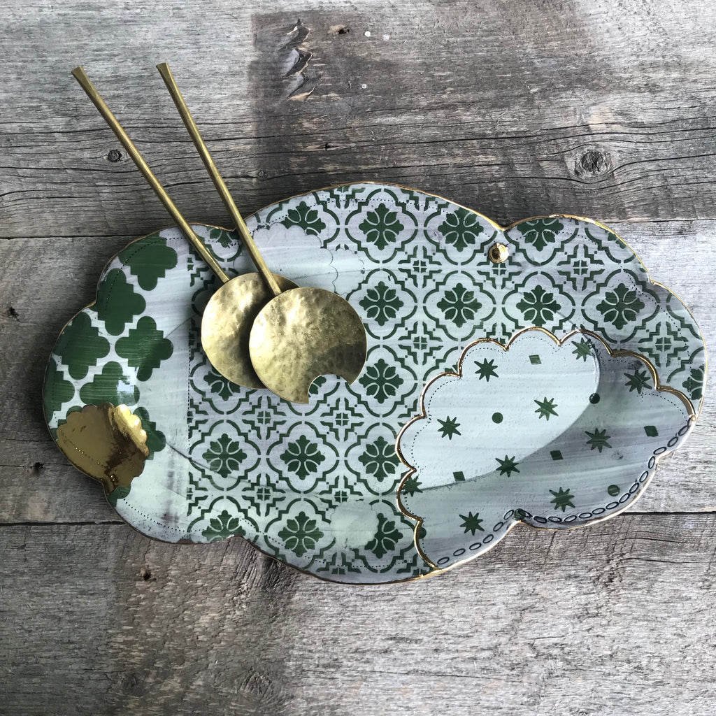 Green ornate scalloped platter with 23k gold 16x10""