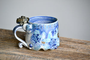 Crown theme short crystal mug with pyrite and gold 12 Oz