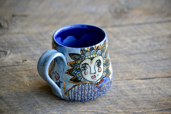 Circus theme short mug with gold accents 12-14 Oz
