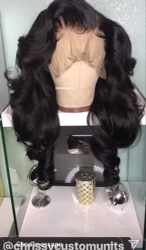 "Lace Front Wig 22"" Natural Body Wave Texture w/lightly bleached knots and customized hairline! 180% Natural Density"