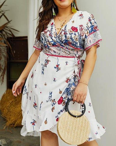 Plus Size Short Sleeve Floral Wrap Dress