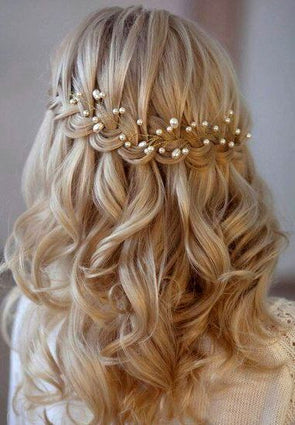Amazing blonde curly hair and pearls, Curly Blonde Wig Lace Hair