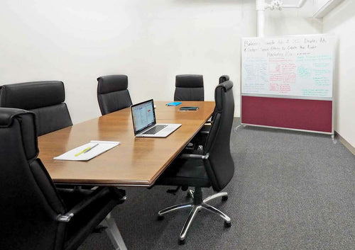 DivideWrite Portable Whiteboard Partition