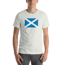 "Ash / S Scotland Flag ""Solo"" Short-Sleeve Unisex T-Shirt by Design Express"