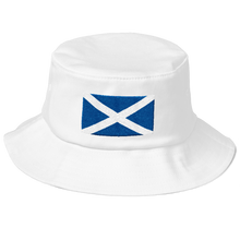 "White Scotland Flag ""Solo"" Old School Bucket Hat by Design Express"