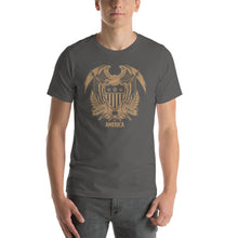 Asphalt / S United States Of America Eagle Illustration Gold Reverse Short-Sleeve Unisex T-Shirt by Design Express