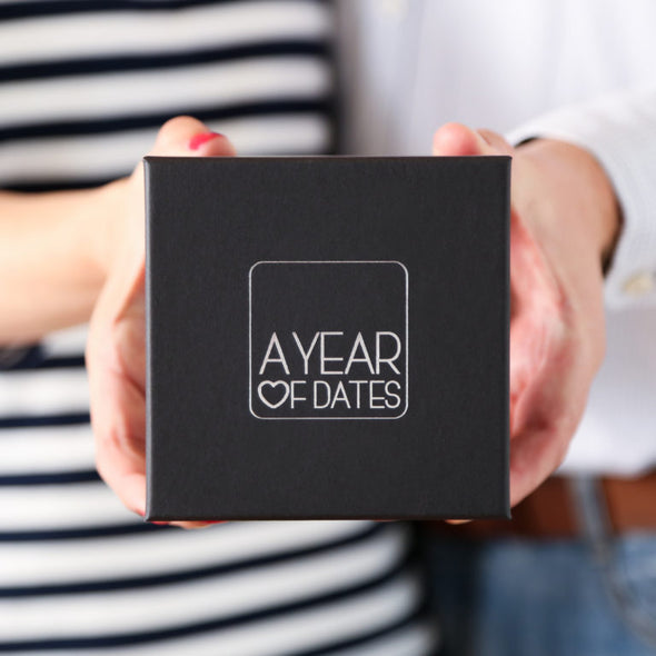 YEAR OF DATES-[best_gifts_for_women]-[gifts_for_her]-Seventeen Minutes